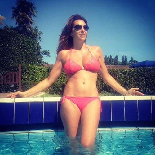 [Image: bikini-test.jpg]